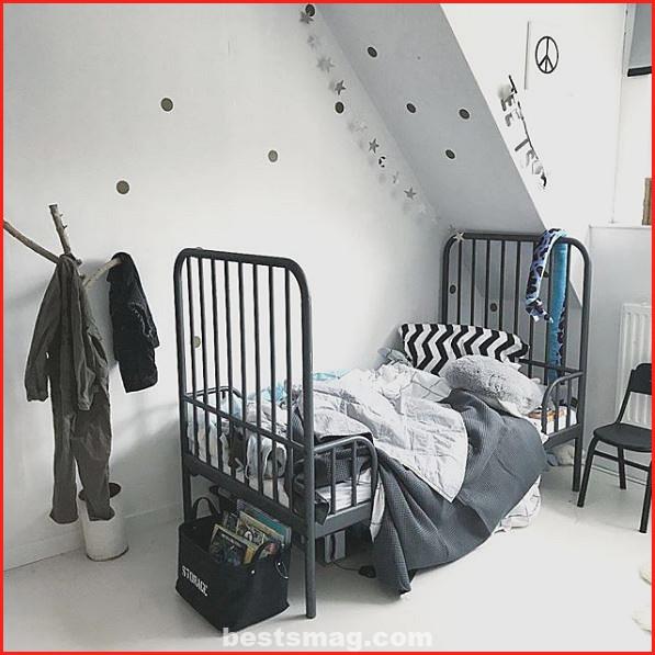 Polka dot decoration for children's rooms