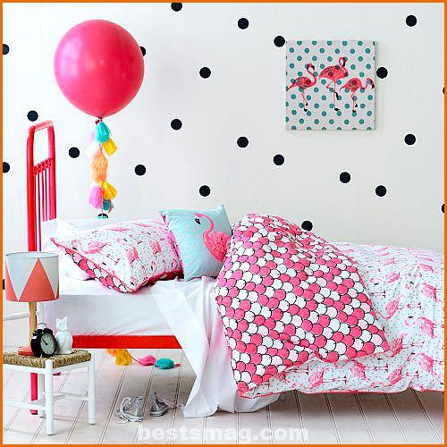 rooms decorated with polka dots