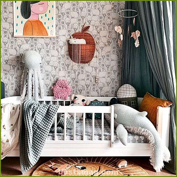 Convertible baby room