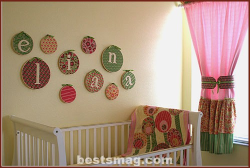 Baby's bedroom in beige and pink