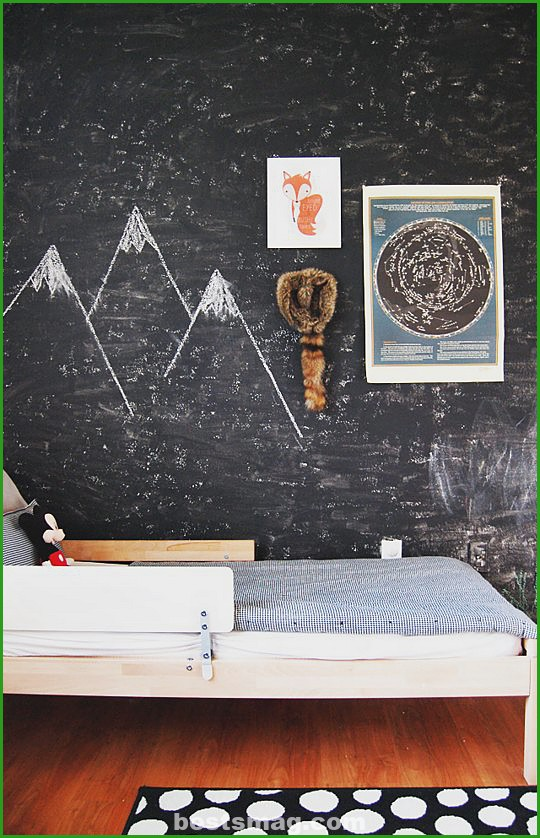 children's-rooms-blackboard-8