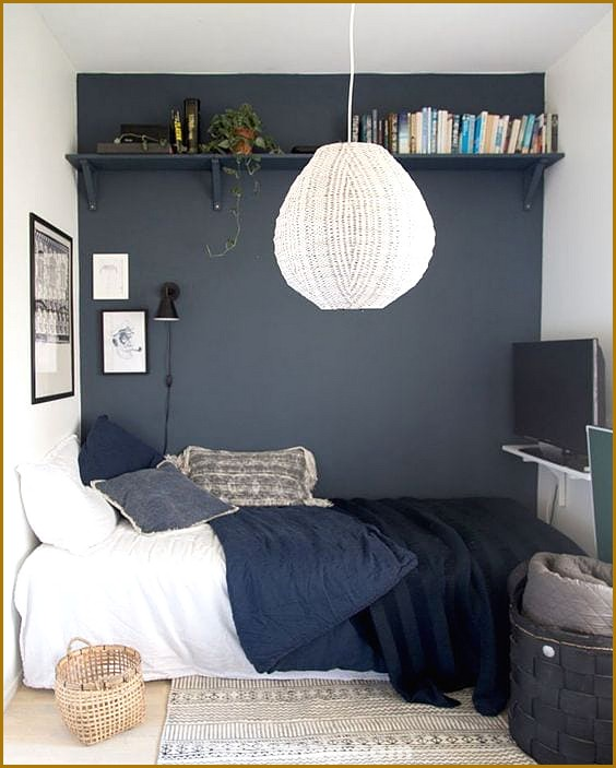 Tricks to expand the space of a small room