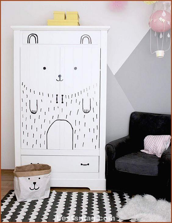 Ideas to decorate children's wardrobes