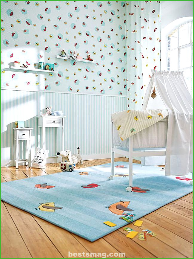 Babies matching wallpaper and curtain