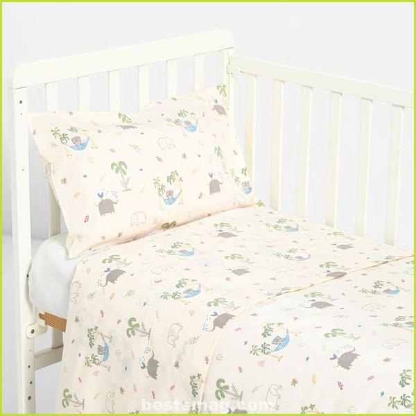 Crib linen texture