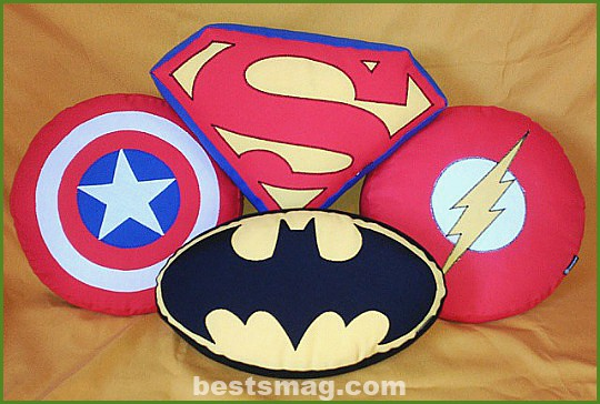 cushions-super-heroes