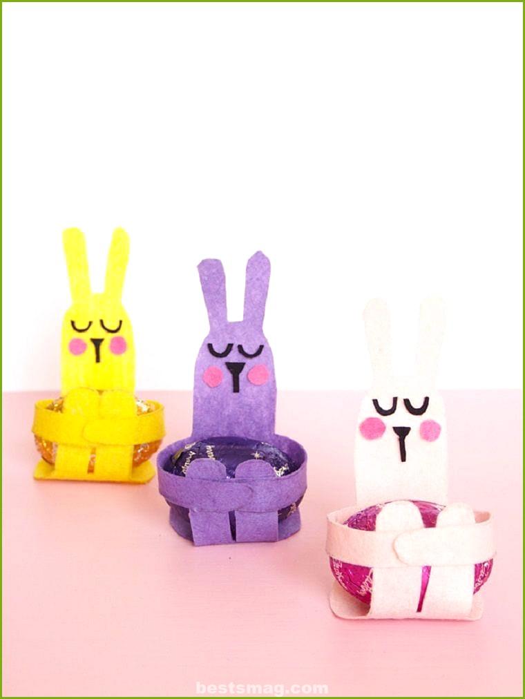 Crafts egg holders