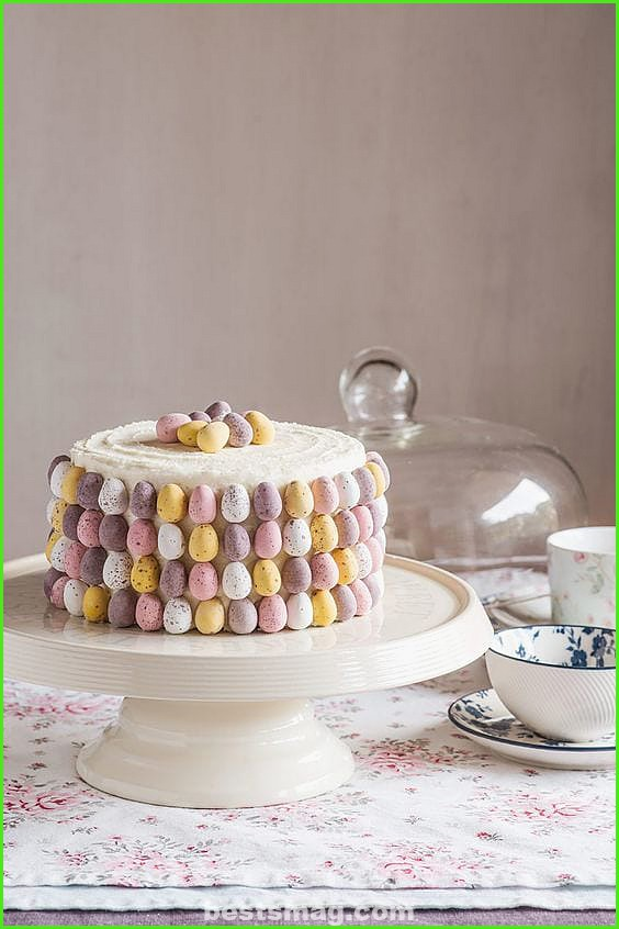 Decorate Easter cake for children