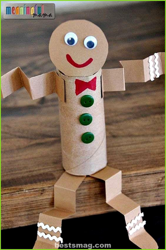 Crafts with Christmas paper rolls