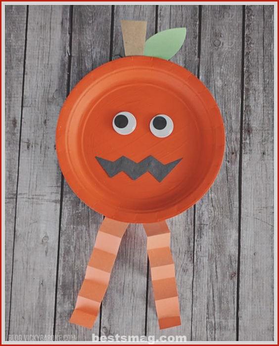 Pumpkin paper plate
