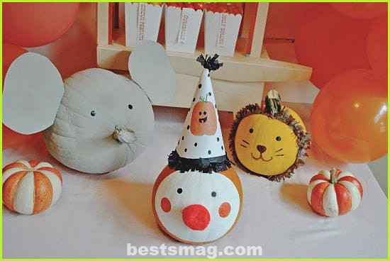 Decorate Halloween pumpkins without emptying