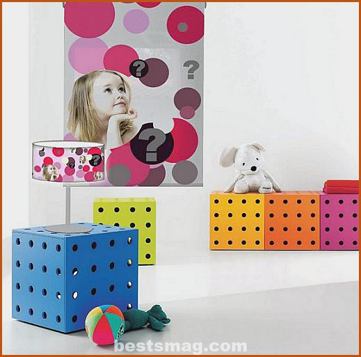 Children's rollers combined with the lamp